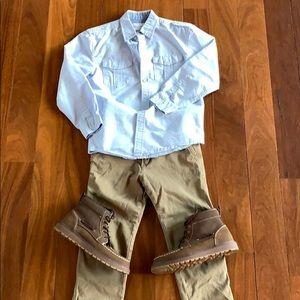 Boys 11/12 slim Abercrombie Khakis like new